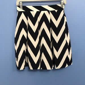 Francesca's Collection Chevron Skirt NWT
